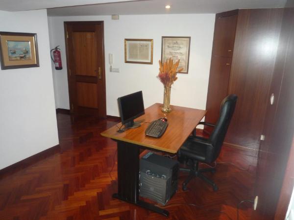 Oficina en pr ximo a zona juan fl rez a coru a - Alquiler oficinas coruna ...